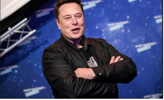 CEO Tesla Elon Musk sold his houses