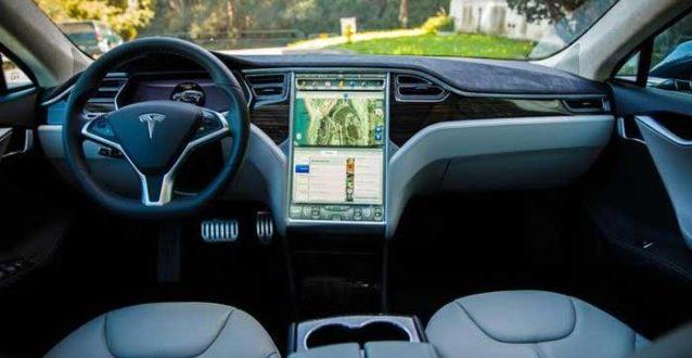 Tesla's Fully Self Drive Car
