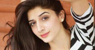 Mawra Hocane in Lux Style awards